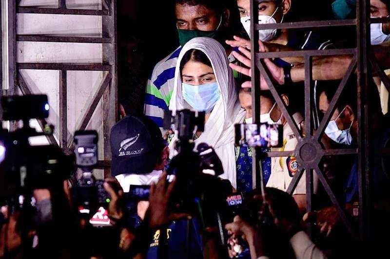 മാധ്യമങ്ങൾ അപകടകരമായ ചേസിങ്ങ് അവസാനിപ്പിക്കണമെന്ന് മുംബൈ പൊലീസ്